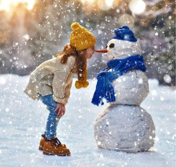 250055_zima_snieg_balwan_dziecko_dziewczynka-500x375